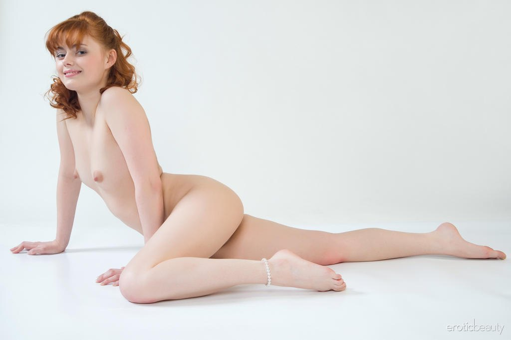 pale-redhead-galleries-heiry-pussy-video
